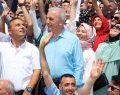 Başkan Yıldırım, vatandaşlarla daima bir arada