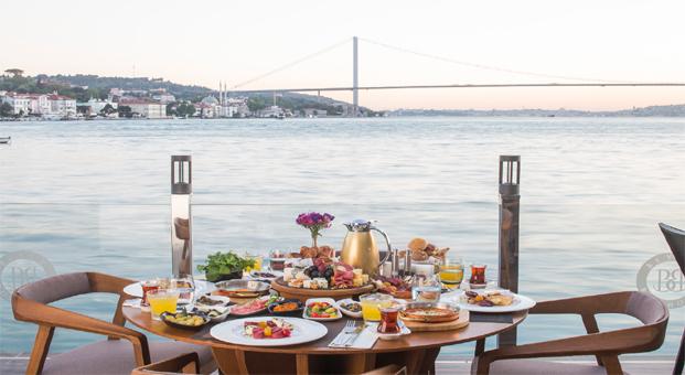 Beyaz Bosphorus Çengelköy'de açıldı