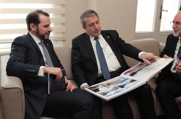 Albayrak: Bayraktar'ın projeleri baş döndürücü