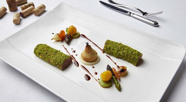 Carême Restaurant sizi lezzet şölenine davet ediyor