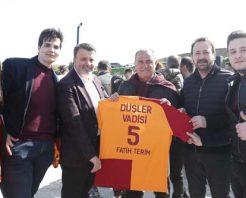 Düşler Vadisi Riva, Fatih Terim önderliğinde futbolcu ve ailelerini ağırladı.