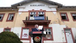 Kırklareli Belediye Başkanı Mehmet Siyam Kesimoğlu'nun gar binası ve çevresi ile alakalı bir basın açıklaması