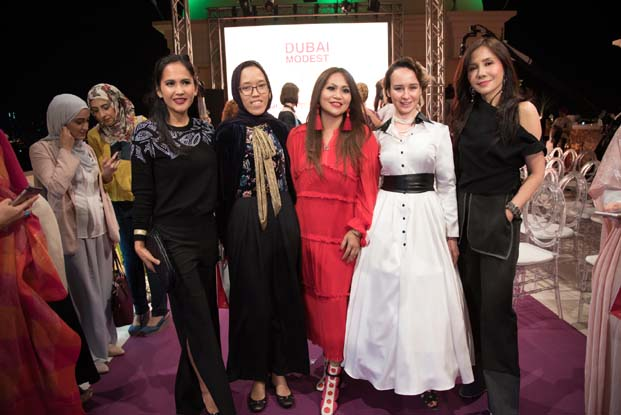 Dubai Modest Fashion Weekte görsel şölen….
