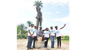 Nijerya'daki Mandela Park'ı Türk boyasıyla boyandı