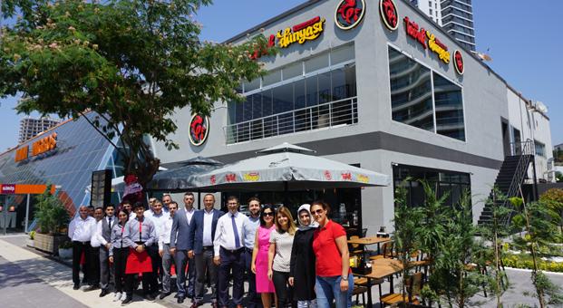 Tavuk Dünyası'nın ödüllü lezzetleri Kartal Sahil'deki  yepyeni restoranında lezzetseverlerle buluşuyor