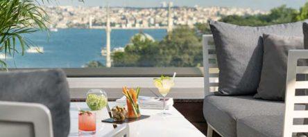 The Ritz-Carlton, Istanbul'da sushi ve canlı müzik akşamları başlıyor