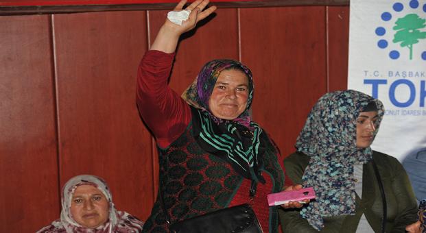 Yozgat Sorgun'da 158 konutun hak sahipleri kurayla belirlendi