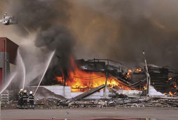 Yapılarda yangına karşı güvenli kabloların önemi