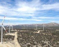 Akfen Yenilenebilir Enerji Türkiye'nin en büyük rüzgar ve güneş kredisini aldı