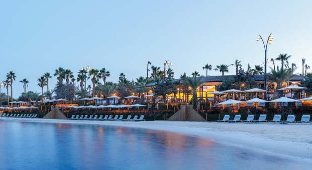 Biblos Beach Resort Alaçatı sofistike tatil deneyimi sunuyor