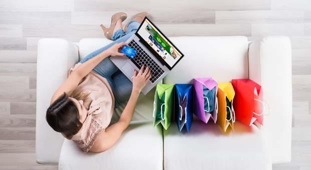 Sahuru beklerken internetten alışveriş yaptık
