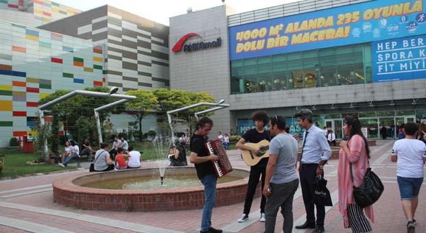 Sokak Müzisyenlerinden festival esintisi