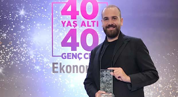 Atasay Kamer'e Türkiye'nin En Başarılı 40 Yaş Altı CEO'ları ödülü