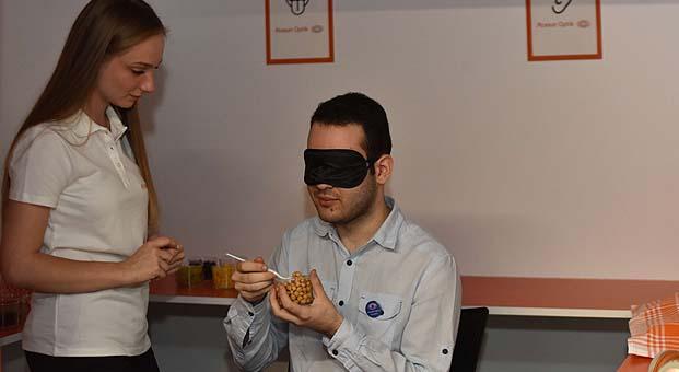 Atasun Optik'ten Dünya Görme Günü'nde anlamlı etkinlik