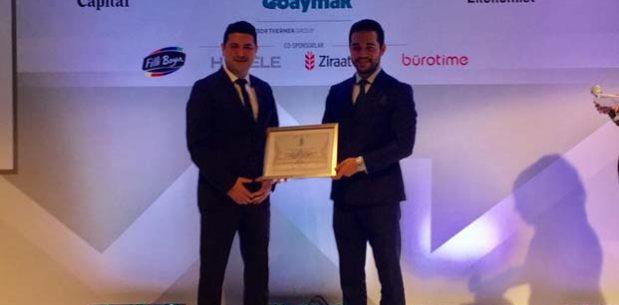 """Bahaş Holding """"En fazla konut satışına imza atan şirketler"""" ödülünün sahibi oldu"""