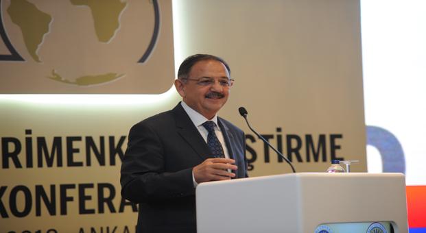 """Bakan Özhaseki: """"İnşaat sektörüyle ilgili ciddi adımlar atmamız lazım"""""""