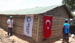 Arakan'da Bambu Kent projesi tamamlandı