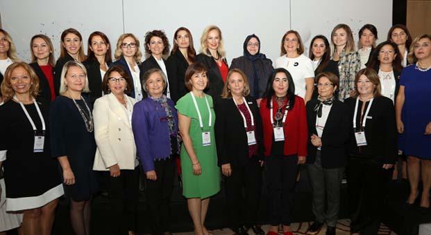 """Kadın girişimciler""""İş Dünyasında Kadın İletişim Ağı"""" projesi birlikte daha güçlü"""
