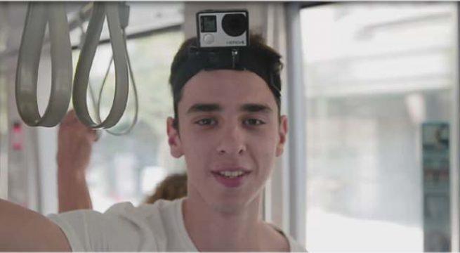 Milli Atlet Berkay Çalık dört durak boyunca tramvaya meydan okudu