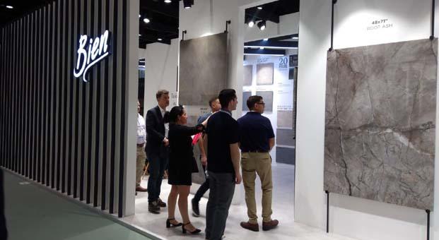 Bien 2019 yılı en yeni tasarımlarını Coverings'te tanıttı