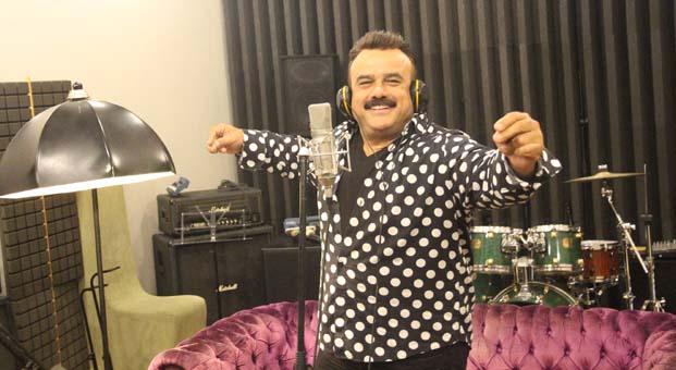 Bülent Serttaş, Çakallarla Dans 5 için stüdyoya girdi