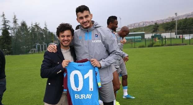 Buray, Trabzonsporlu futbolcularla bir araya geldi