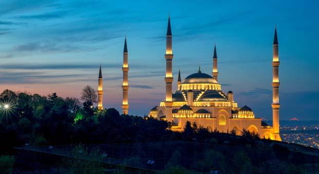 Büyük Çamlıca Camii'nin iç aydınlatma sistemi OSRAM'a emanet