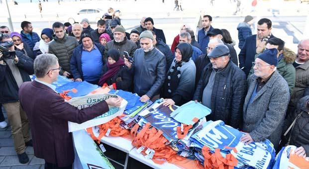 Geri dönüşümle elde edilen binlerce ekolojik çanta Üsküdarlılara ücretsiz dağıtıldı