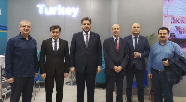 Dünya devi mobilya firmaları Çin'de Türk standında buluştu