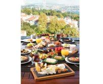 Eşsiz boğaz manzarasına karşı enfes Türk KahvaltısıConrad İstanbul Bosphorus'ta