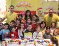 Çocuklar Çevre Haftası'nda Dalin'le hem eğleniyor hem de ileri dönüşümü öğreniyor