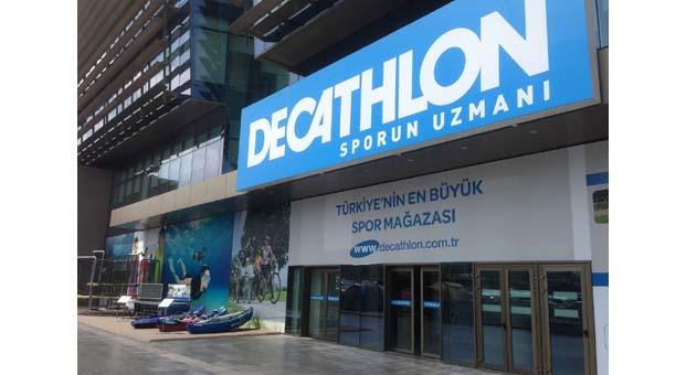 Decathlon spor tutkusunu Taksim'e taşıdı