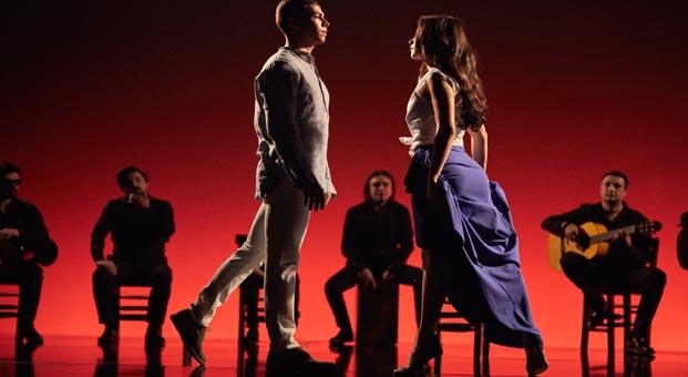 Derimod'un yeni reklam kampanyasında flamenko rüzgârı