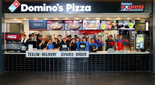 Domino's Pizza yeni konsepti ile ilk AVM şubesini açtı
