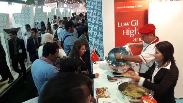 Duru Bulgur, Dubai'de lezzet şöleni yaşattı