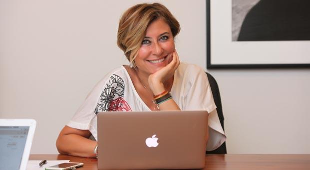 Elif Dağdeviren Uluslararası Antalya Film Festivali Direktörlüğünden ayrıldı