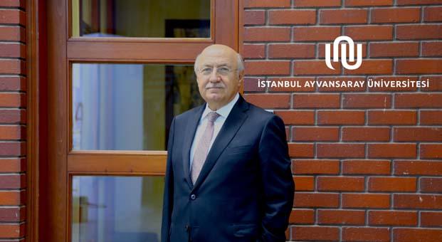 İstanbul Ayvansaray Üniversitesi Rektörlüğüne atanan Prof. Dr. M. Emin Arat görevine başladı