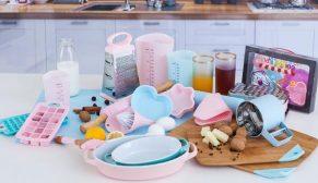 English Home mutfaklar renkleniyor
