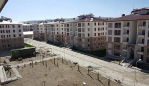 Erzurum Aziziye'de 210 konutun hak sahipleri belirlendi