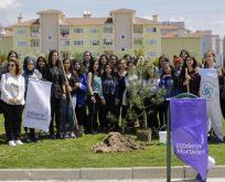 TürkTraktör 3 ayda yaklaşık 4 bin kız öğrenci ile bir araya geldi