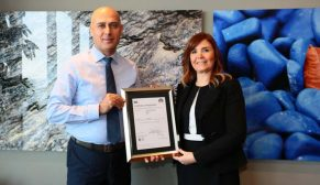 Folkart, Türkiye'de İngiliz Standartları Enstitüsü'nden (BSI) ISO 45001 belgesi almaya hak kazanan ilk inşaat şirketi