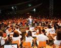 Beylikdüzü Gençlik Senfoni Orkestrası İlk Konserini Verdi