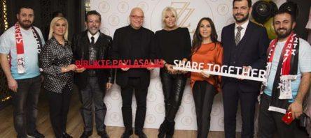 Ajda Pekkan ve ünlü tasarımcı Zeynep Kartal Nişantaşı'nda showroom açtı