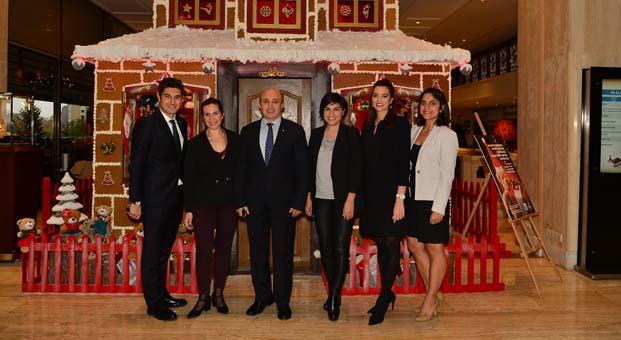 Akasya Asıltürkmen ve ünlü dostları Hilton İstanbul Bosphorus'ta buluştu