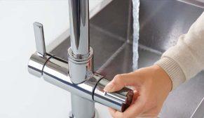 GROHE Red, tek dokunuşla anında kaynar su sağlıyor
