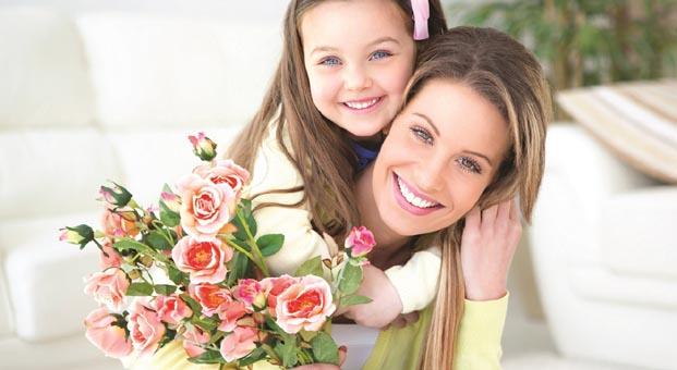Gülüş estetiğiyle Anneler Günü'nde en farklı hediye sizinki olsun