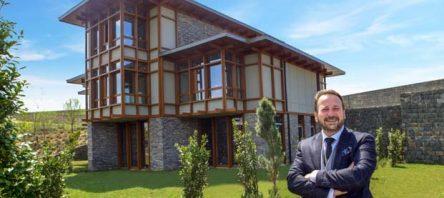 Düşler Vadisi'nin örnek villaları ziyarete açıldı