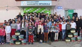 İzmit Hakkaniye Köy Okulu Permolit Boya ile renklendi