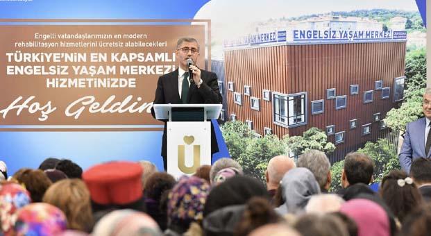 Türkiye'nin en kapsamlı engelsiz yaşam merkezi Üsküdar'da açıldı