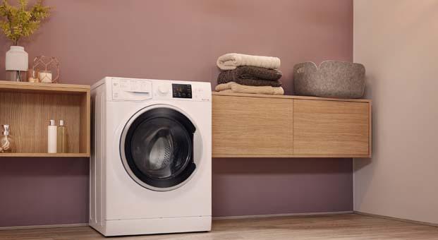 Okula Dönüş ile gelen lekeler Hotpoint çamaşır makinelerine emanet